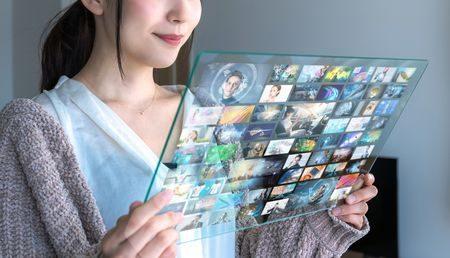 注目のSNSライブ動画配信。企業利用の魅力と実施前の注意点を考えるのイメージ